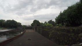 xvi wiek Intramuros izolujący miasto sądu jarda wodny staw zbiory wideo