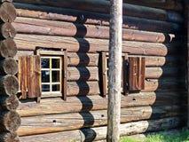 Xvii Th世纪小屋酵母酒蛋糕Katya ` s的建筑学的农民小屋这纪念碑 库存图片