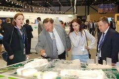 XX fórum econômico internacional de St Petersburg (SPIEF Rússia 2016) visitantes, convidados e participantes do fórum Fotografia de Stock
