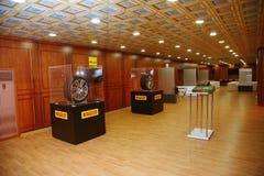 XX St Petersburg internationellt ekonomiskt forum (SPIEF Ryssland 2016) på ställningen av företaget av Pirelli Royaltyfri Fotografi