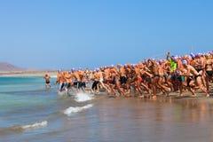 XXII Travesia um Rio do EL de Nado em Lanzarote Foto de Stock Royalty Free