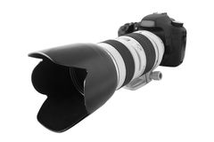 XXL isolated: DSLR Camera. With zoom lens Royalty Free Stock Photos