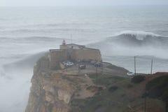 XXL vinkar Nazare Portugal Fotografering för Bildbyråer