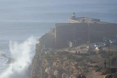 XXL-Welle Nazare Portugal Lizenzfreie Stockfotografie