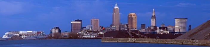 XXXL - Avond in Cleveland Van de binnenstad stock afbeelding