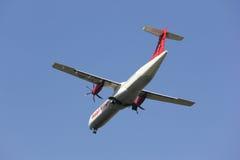 XY-AIU ATR72-200 des ailes asiatiques Photo libre de droits