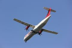 XY-AIU ATR72-200 des ailes asiatiques Photo stock