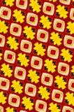 Y rojo fondo modelado metal amarillo Fotografía de archivo