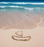 Yacht. Abbildung auf Sand Lizenzfreies Stockbild