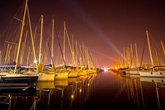 Yacht ad un molo Immagini Stock Libere da Diritti