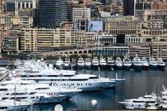 Yacht al porto di Cannes, riviera francese Fotografia Stock Libera da Diritti