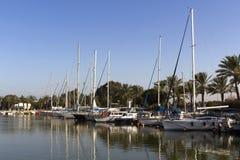 Yacht all'ancoraggio Immagine Stock