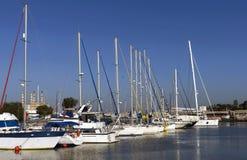 Yacht all'ancoraggio Fotografie Stock