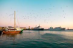 Yacht alongside the dock. Royalty Free Stock Photography