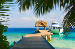 Yacht amarré photographie stock