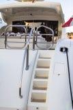 Yacht amarré au pilier Images stock
