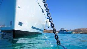 Yacht ancorato in porto Fotografia Stock
