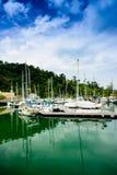 Yacht au quai Images stock