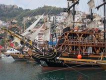 Yacht auf dem Schwarzen Meer Lizenzfreies Stockbild