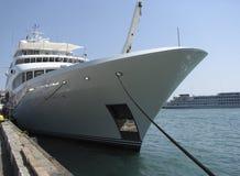 Yacht bianco immagine stock libera da diritti