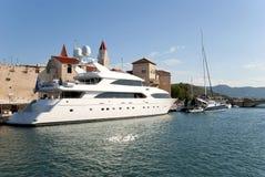 Yacht blanc Photo stock