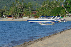 Yacht boats parking in sea beach, sa-mui island, south of thaila Royalty Free Stock Images