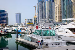 Yacht club da torre do lago, Dubai Fotografia de Stock Royalty Free