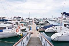 Yacht club do mar fotos de stock royalty free