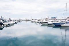 Yacht club do mar imagens de stock royalty free
