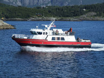 Yacht de luxe de canot automobile Images stock