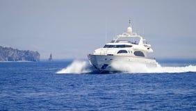 Yacht de luxe de moteur photos stock