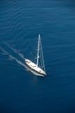 Yacht de navigation photo stock