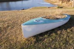 Yacht de navigation abandonné Photo libre de droits
