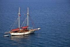 Yacht de navigation de moteur Photo libre de droits