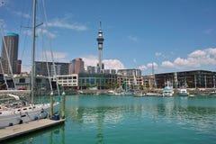 yacht de port d'Auckland Photographie stock