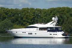 Yacht del motore Fotografie Stock Libere da Diritti