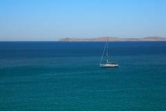 Yacht della nave di navigazione Immagine Stock Libera da Diritti