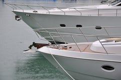 Yacht deux dans le port Image libre de droits