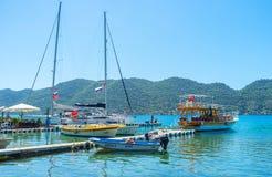 Yacht e barche in Kalekoy, Kekova, Turchia Fotografia Stock Libera da Diritti