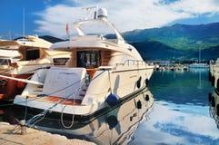Yacht en mer Image stock