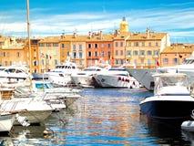 yacht för tropez för france hamnst Arkivfoto