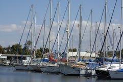 Yacht in fante di marina Fotografie Stock
