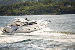 Yacht fun in fjord Royalty Free Stock Images