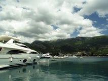 Yacht in harbor Royalty Free Stock Photos