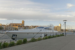Yacht i den LaCiotat tillflyktsorten Royaltyfri Foto