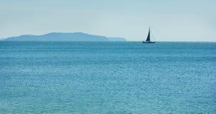 Yacht i havet Royaltyfria Foton