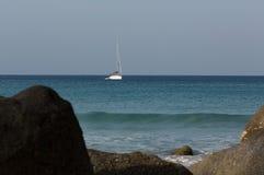 Yacht i havet Royaltyfri Bild