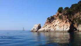 Yacht im maditerranian Meer Stockbilder