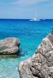 Yacht im Meer Stockbild