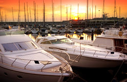 Yacht-Jachthafen Lizenzfreie Stockbilder